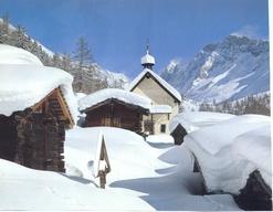 Tief verschneites Lötschental: Tief verschneites Lötschental